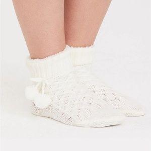 Torrid Socks 7-9 10-13 Slippers Ivory Pom Knit